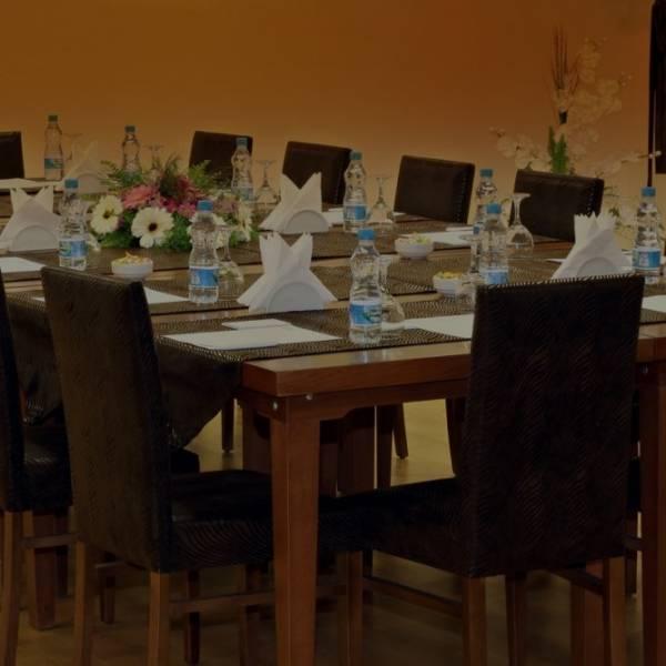 Mimoza toplantı salonumuz ile konuklarına rahat ve sessiz bir ortam sunuyoruz